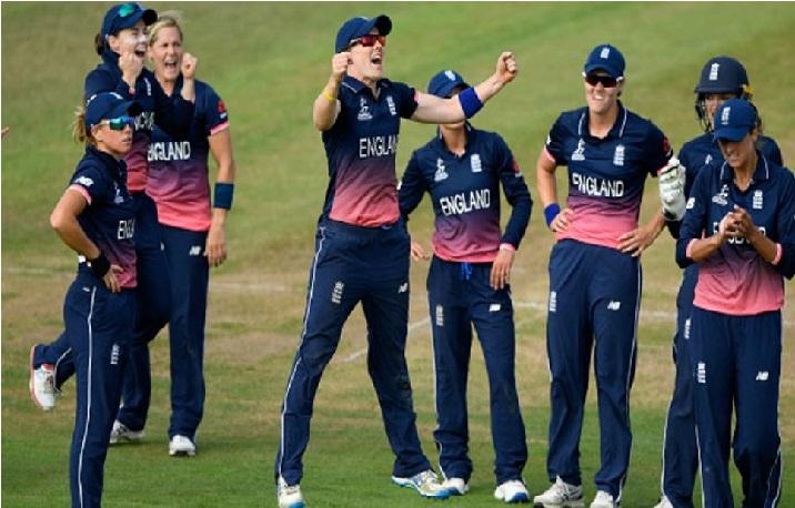 خواتین ٹی 20 ورلڈ کپ: سیمی فائنل میں انگلینڈ سے مقابلہ کرے گی ٹیم انڈیا