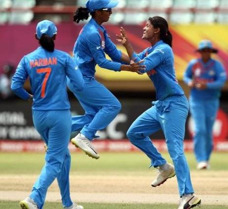 خواتین ٹی 20 ورلڈ کپ: ہندوستانی ٹیم آئرلینڈ کو شکست دے کر سیمی فائنل میں داخل