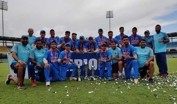 بنگلہ دیش کو شکست دیکر ہندستان بنا ایشیا انڈر -19 چمپئن