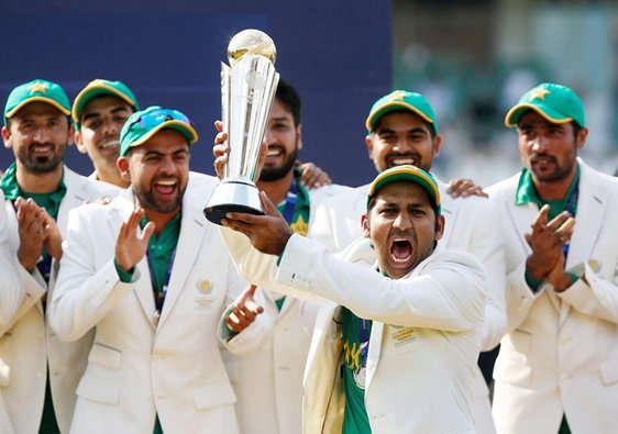 پاکستان نے پہلی بار چیمپئنز ٹرافی جیتی، ہندوستان کی 39 سال کی سب سے بڑی ہار