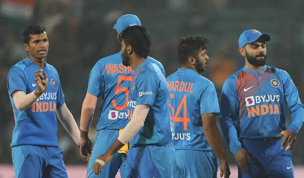 کرکٹ: عالمی کپ کی شکست کا بدلہ لینے اترے گی ٹیم انڈیا