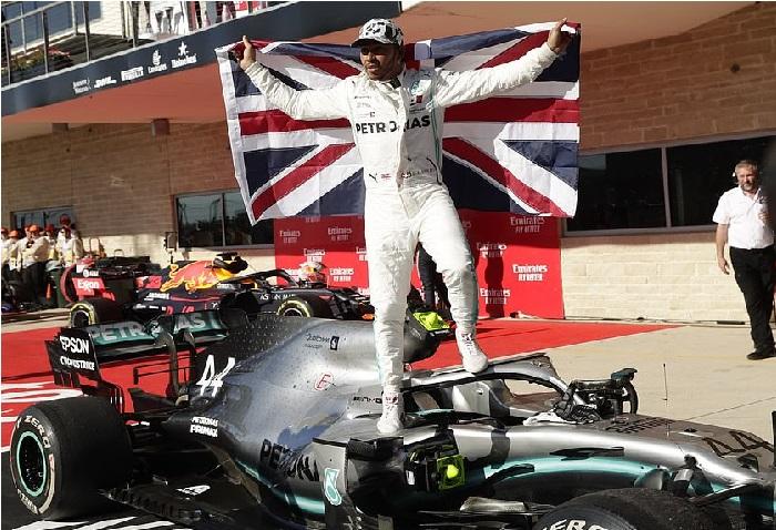 ہیملٹن نے چھٹی بار جیتی فارمولا -1 چمپئن شپ