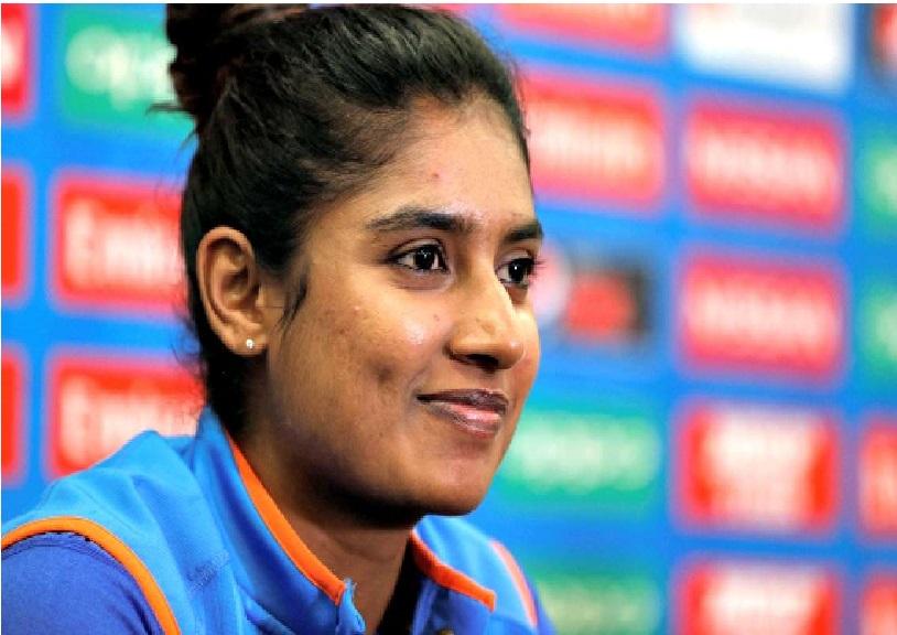 متالی 200 ون ڈے کھیلنے والی پہلی خاتون کرکٹر بنیں