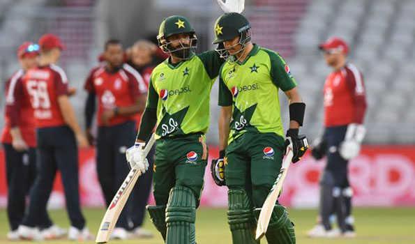 پاکستان نے سنسنی خیز مقابلہ میں انگلینڈ کو شکست دیکر سیریزبرابر کردی