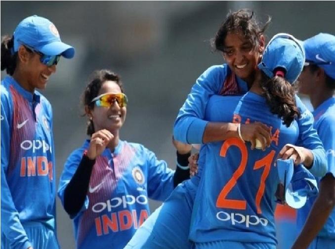 ہندوستانی خواتین کرکٹ ٹیم سیمی فائنل کے لئے اترے گی