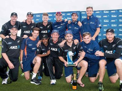 تیسرے ون ڈے میں بنگلہ دیش کو شکست نیوزی لینڈ نے سیریز 3-0 سے جیت لی