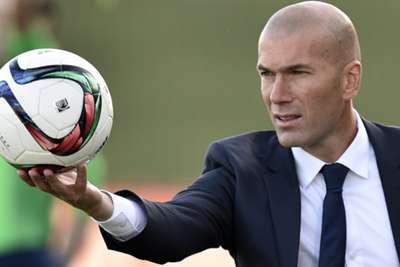 فٹ بالر زین الدین زیدان رئیل میڈرڈ ٹیم کے کوچ