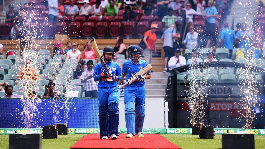خواتین ٹیم انڈیا نے آسٹریلیا پر ریکارڈ جیت درج کی