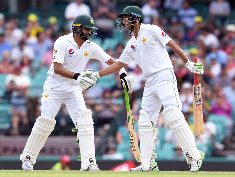 آسٹریلیا کا بڑا اسکور، یونس اور اظہر نے سنبھالی پاکستانی اننگز