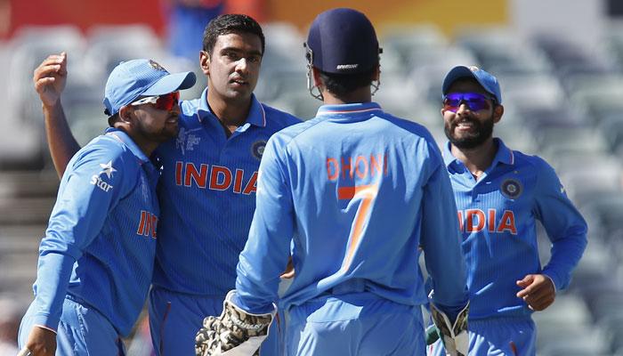 ٹیم انڈیا کے کوچ بننے کے لئے شاستری، پاٹل سمیت 57 درخواست دہندگان نے  درخواست دی