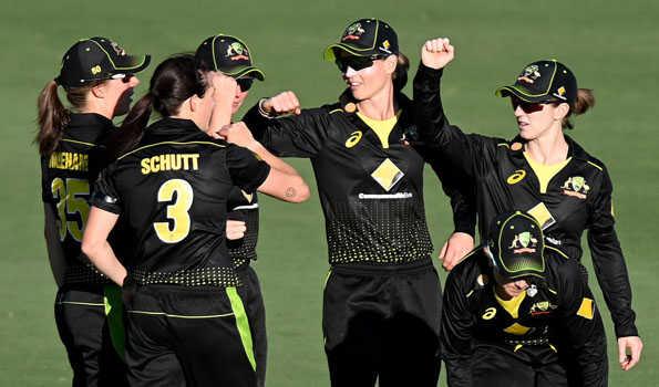آسٹریلیا خاتون ٹیم نے نیوزی لینڈ کو 17 رن سے ہرایا