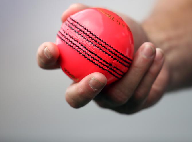 گلابی گیند سے کھیلنا چیلنجنگ ہوگا: وراٹ