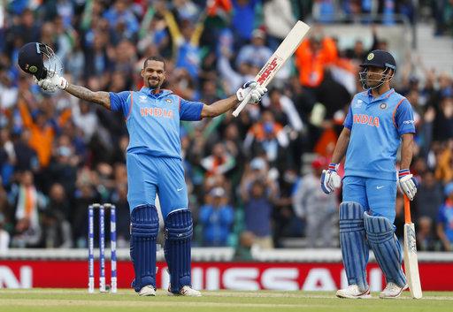 ٹیم انڈیا نے سری لنکا کو دیا 322 رنز کا ہدف