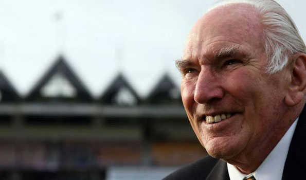 نیوزی لینڈ کے سابق کپتان جان ریڈ کا انتقال