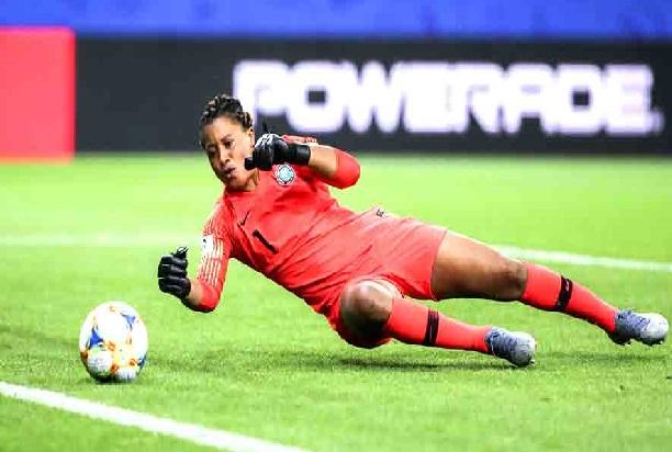 فیفا خواتین ورلڈ کپ: انگلینڈ اور اٹلی فٹ بال ورلڈ کپ کے پری کوارٹر میں پہنچے