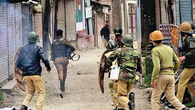 کشمیر میں مظاہرین پر فائرنگ کے دو تازہ واقعات میں 5 شہری ہلاک اور ڈیڑھ درجن زخمی ، صورتحال انتہائی کشیدہ