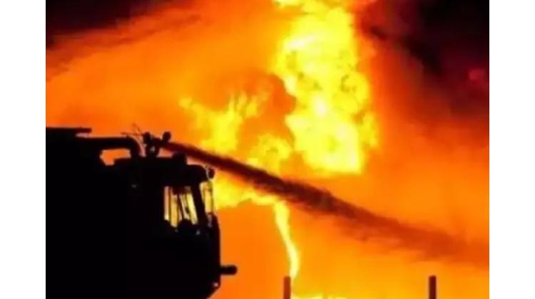 حیدرآباد کے راجندرنگرکاٹے دھن کے گودام میں آگ لگنے کا واقعہ