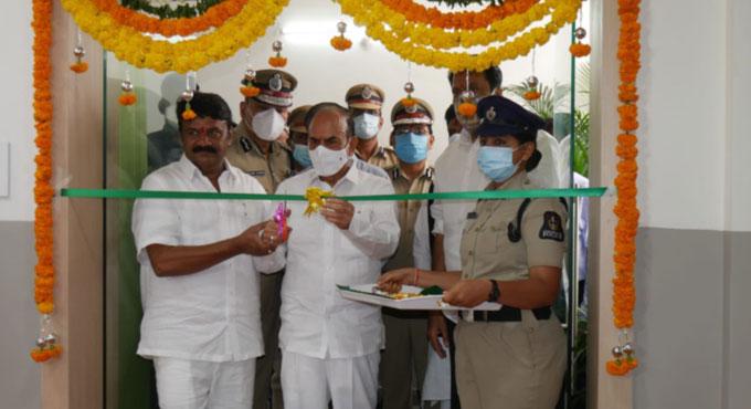 وزیر داخلہ محمود علی کے ہاتھوں ایس آر نگر پولیس اسٹیشن کی نئی عمارت کا افتتاح
