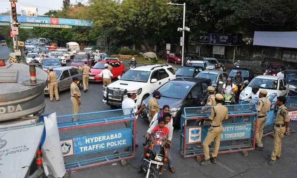 لاک ڈاون کی خلاف ورزی۔شہرحیدرآباد میں 60افراد زیرحراست