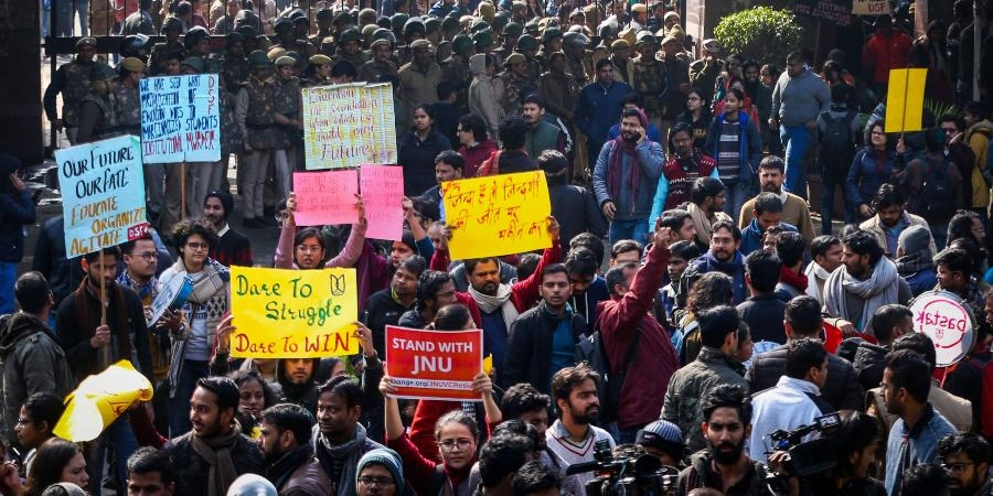 وائس چانسلر کو ہٹانے تک جے این یو اساتذہ اپنا احتجاج جاری رکھیں گے