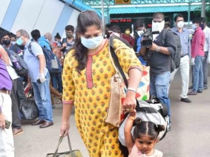 دسہرہ تہوار۔حیدرآباد سے عوام کی بڑی تعداد آبائی مقامات کیلئے روانہ