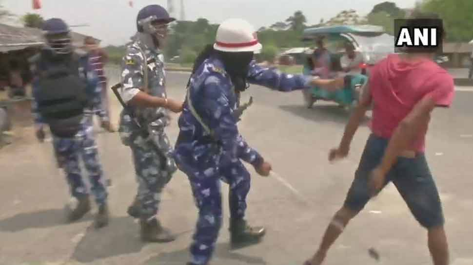 مغربی بنگال میں پولنگ کے دوران تشدد ، ٹی ایم سی پر لگا بوتھ لوٹنے کا الزام
