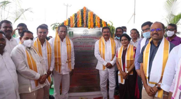 حیدرآباد: وزیر زراعت نے ٹشو کلچر لیب کا سنگ بنیاد رکھا