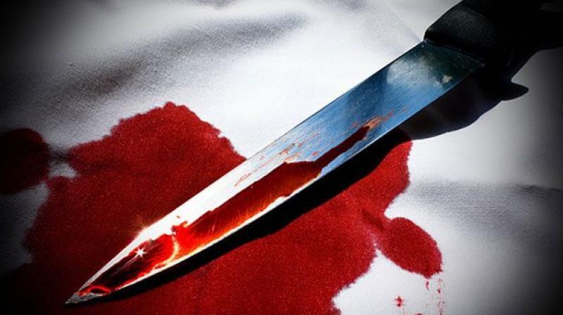 علی گڑھ میں دشمنی کی وجہ سے نوجوان کا چاقو مارکر قتل