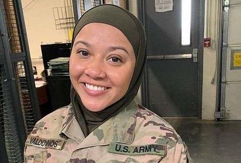 امریکہ: مسلم خاتون کوحجاب اتارنے کاحکم،عدالت کادروازہ کھٹکھٹائیں گی متاثرہ خاتون