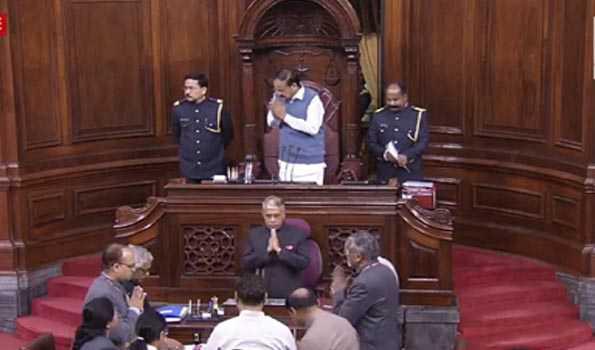 کانگریس اور کمیونسٹ پارٹیوں کے ہنگامہ کی وجہ سے راجیہ سبھا میں نہیں ہو سکا وقفہ صفر