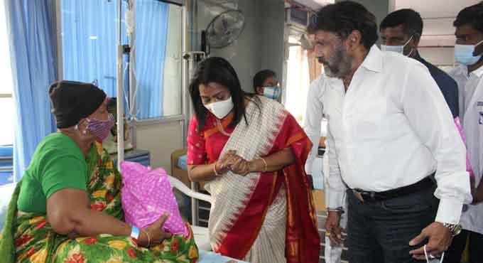 میئر حیدرآباد نے کینسر کے مریضوں کے ساتھ سالگرہ منائی