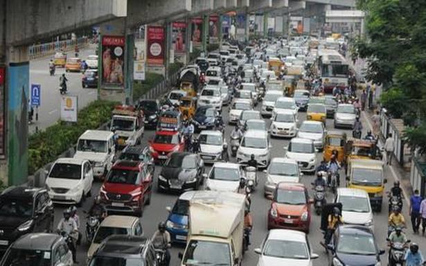 دسہرہ منانے کے بعد واپسی،تلنگانہ کے کئی مقامات پر ٹریفک جام