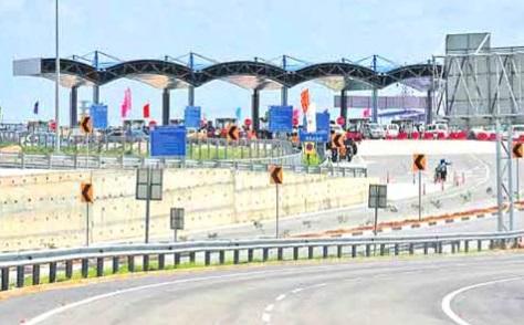 حیدرآباد کی آوٹر رنگ روڈ کوگاڑیوں کے لئے بدھ کی نصف شب سے کھول دیاجائے گا