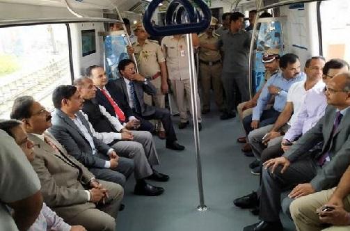 امیر پیٹ تا ہائی ٹیک سی میٹرو ریل کا گورنر نے کیا افتتاح