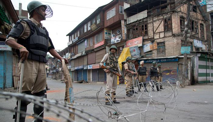 جموں و کشمیر: مظاہرے-ہڑتال کے چلتے کشیدگی برقرار، موبائل اور انٹرنیٹ سروس بند