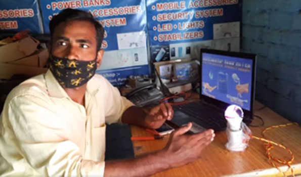 پیلی بھیت:معذور انجینئر نے بنایا ذیابطیس کا آلہ