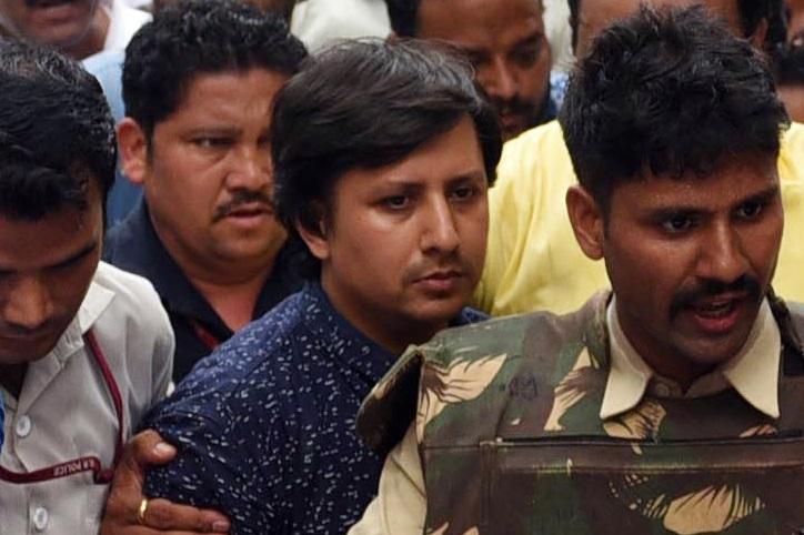 اندور کورٹ سے خارج ہوئی آکاش کی ضمانت عرضی، بھوپال میں ہوگی سنوائی