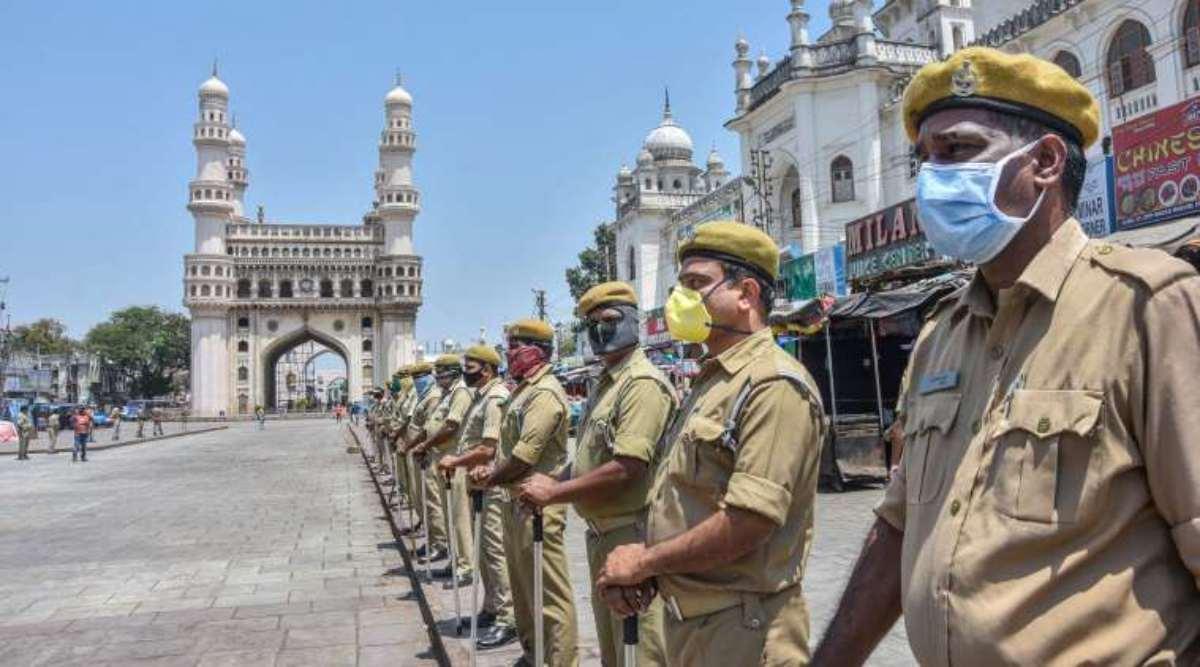 کورونا کے سبب چوکسی۔حیدرآباد کے تمام پولیس اسٹیشنوں کو جراثیم سے پاک بنایاجارہا ہے