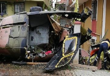 استنبول : رہائشی علاقے میں فوجی ہیلی کاپٹر گر کر تباہ ، 3 ترک فوجی ہلاک