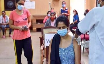 اعلی تعلیم کیلئے بیرونی ممالک جانے والے طلبہ کو کوویڈ ٹیکے۔حیدرآباد میں خصوصی مہم