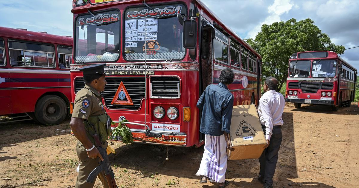 سری لنکا میں مسلم ووٹروں کو لے جارہی بسوں پر حملہ ،کوئی جانی نقصان نہیں