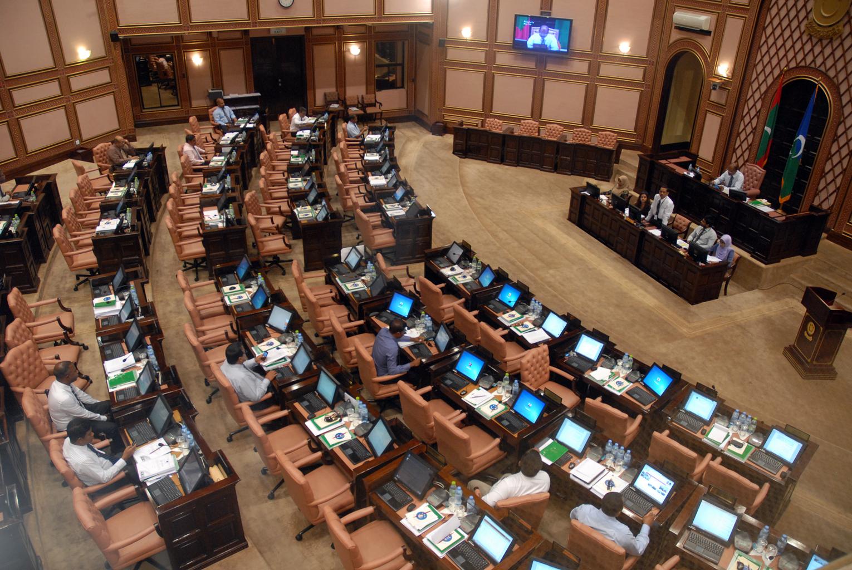 پارلیمنٹ میں نصف سے بھی کم ووٹوں سے دولت مشترکہ چھوڑنے کی حمایت