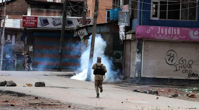 کشمیر احتجاج: مزید ایک نوجوان کی موت ۔ کل تعداد 82 ہوئی