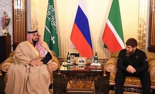 چیچنیا میں سعودی شاہی دیوان کے مشیر کا شاندار استقبال