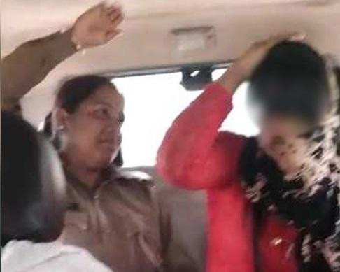 میرٹھ میں لو جہاد کے نام پر طالب علم سے بدسلوکی اور مارپیٹ، 4 پولیس اہکار معطل