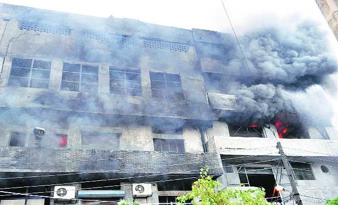تیغ بہادر ہسپتال میں لگی معمولی آگ