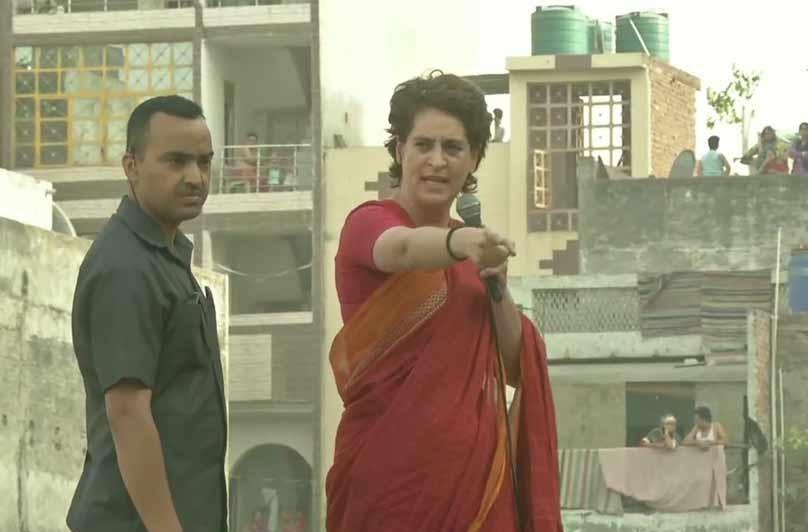 پرینکا گاندھی کا مودی کو چیلنج، نوٹ بندی اور جی ایس ٹی پر لڑکر دیکھائے انتخابات