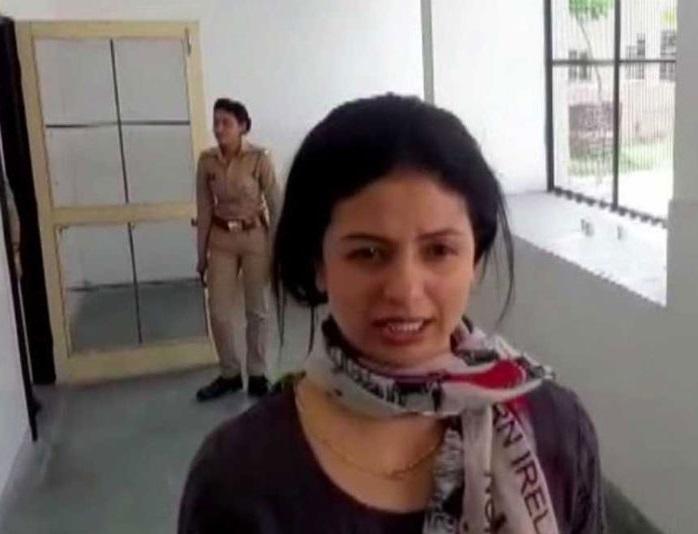 امروہہ: کرکٹر محمد سمیع کی بیوی نے پھر کیا ہنگامہ، ہوئی گرفتار