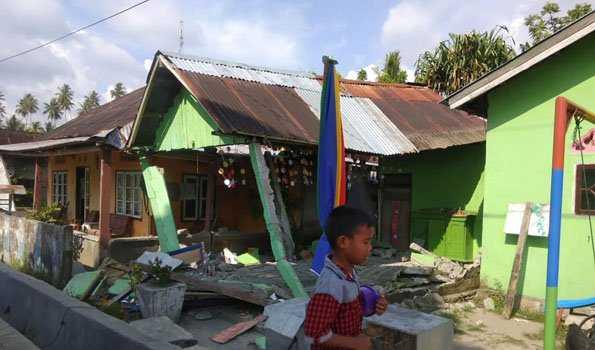 انڈونیشیا میں زلزلےمیں 380 افراد ہلاک
