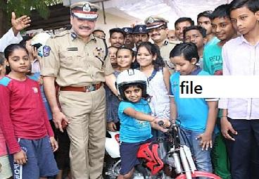 حیدرآباد میں آج روڈ سیفٹی گرمائی کیمپ کا آغاز۔کمشنر پولیس کا خطاب